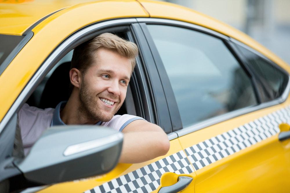 Работа таксистом в Москве